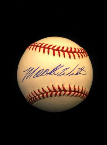 Mookie Wilson Signed OML Baseball