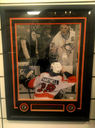 Scott Hartnell Signed 16x20 Framed