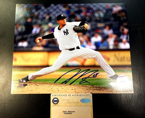 New York Yankees Dellin Betances Autographed 8x10