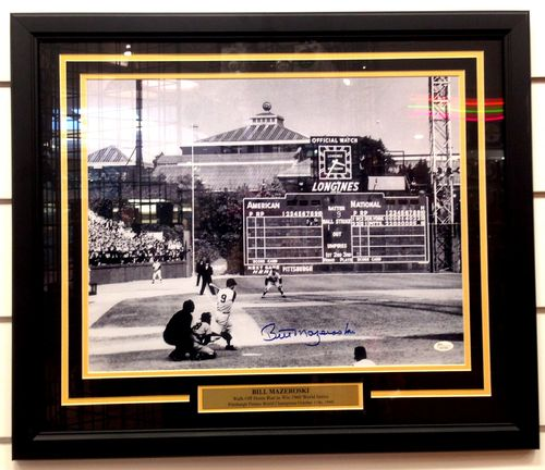 Pittsburgh Pirates Bill Mazeroski Autograph 16x20 Framed