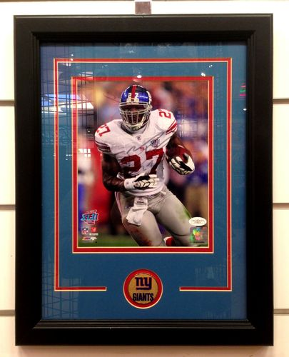 New York Giants Brandon Jacobs Autograph 8x10 Framed