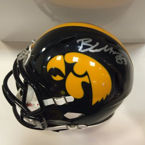 Brandon Myers Autographed Iowa Hawkeyes Mini Helmet
