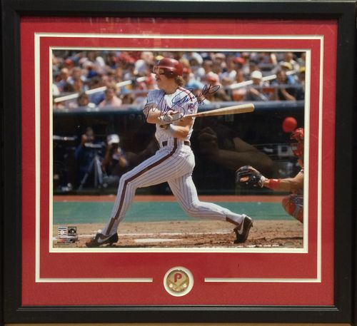 Mike Schmidt Autographed/Framed Picture