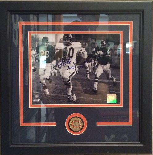 Gale Sayers Autographed/Framed Picture