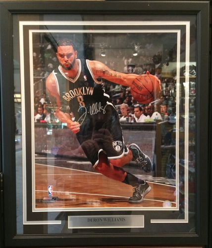 Deron Williams Autographed/Framed Picture