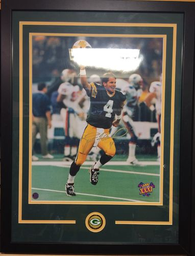Brett Favre Autographed/Framed Picture