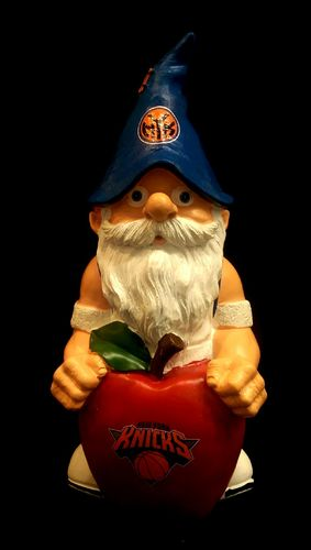 New York Knicks Theme Gnome