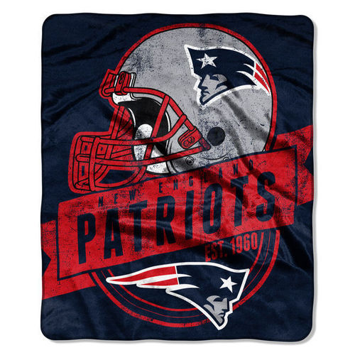 "New England Patriots 50"" x 60"" Grand Stand Plush Blanket"
