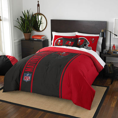 Tampa Bay Buccaneers The Northwest Company Soft & Cozy 3-Piece Full Bed Set