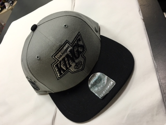 de25775404f2d LA Kings Grey   Black 47 Brand Snapback