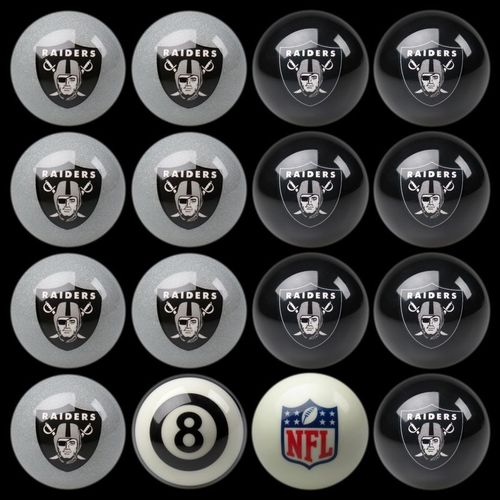 Play 8-Ball with the Oakland Raiders