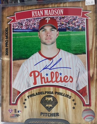Philadelphia Phillies Ryan Madson Autograph 8x10 Photo