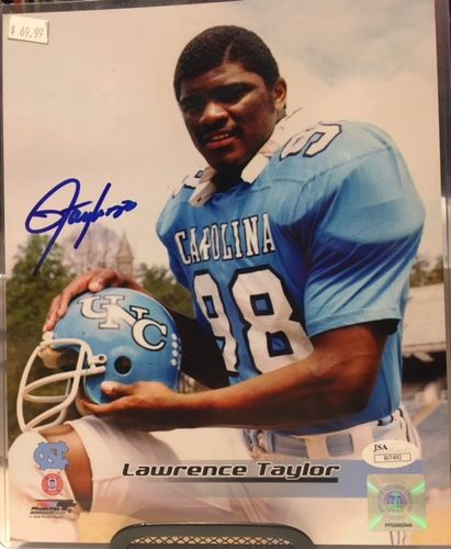 University of North Carolina Lawrence Taylor Autograph 8x10 Photo