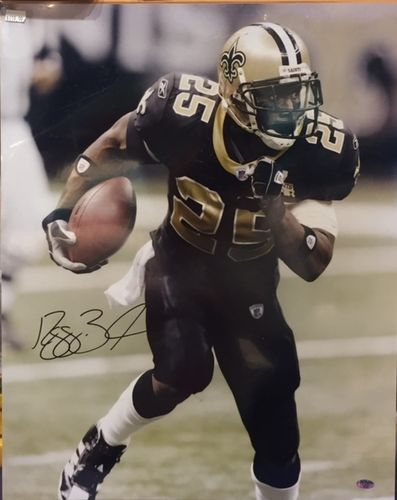 New Orleans Saints Reggie Bush Autograph 16x20 Photo